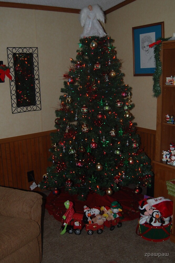 Our Christmas Tree by zpawpaw