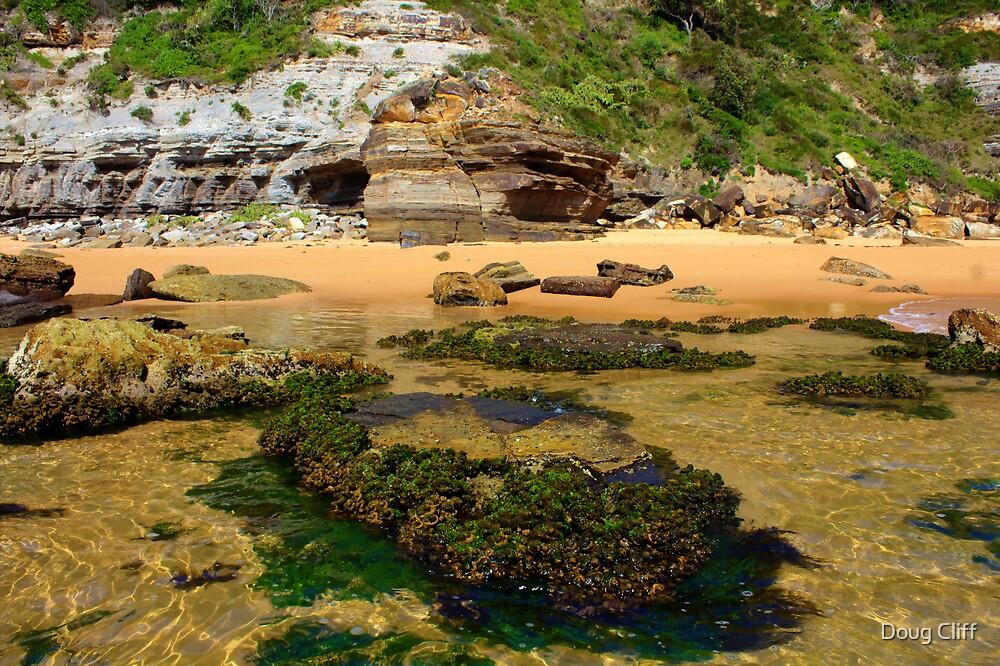 Turrimetta beach - South end by Doug Cliff