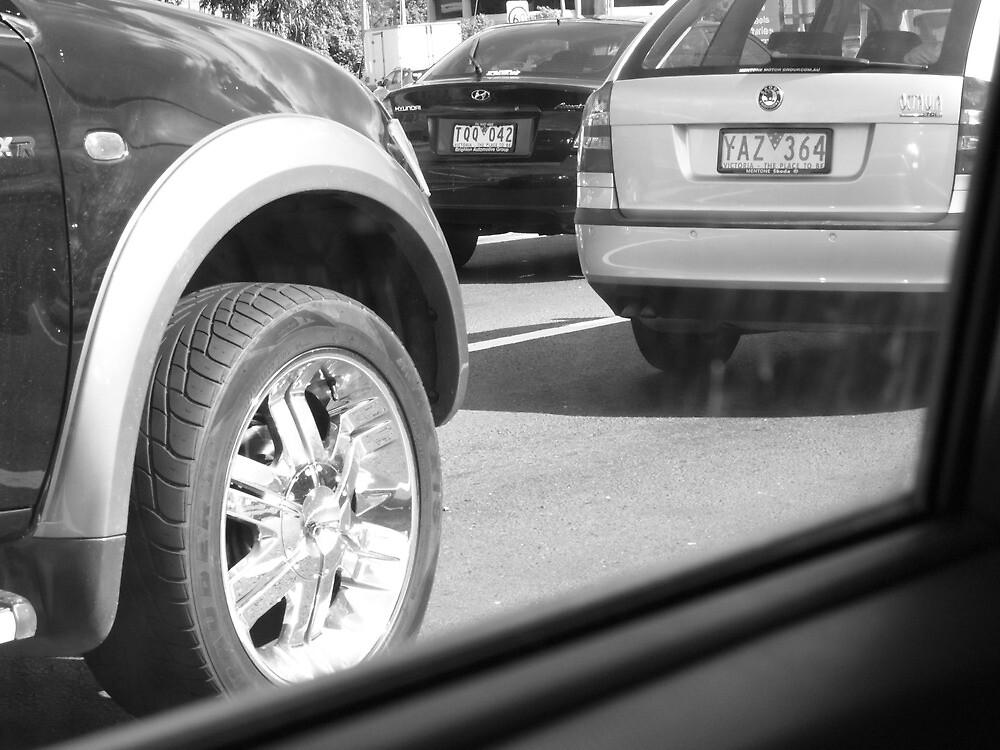 black & white traffic jam... by byzantinehalo