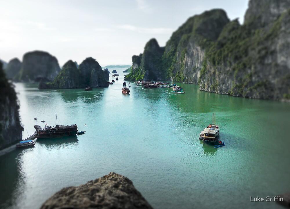 Halong Bay by Luke Griffin