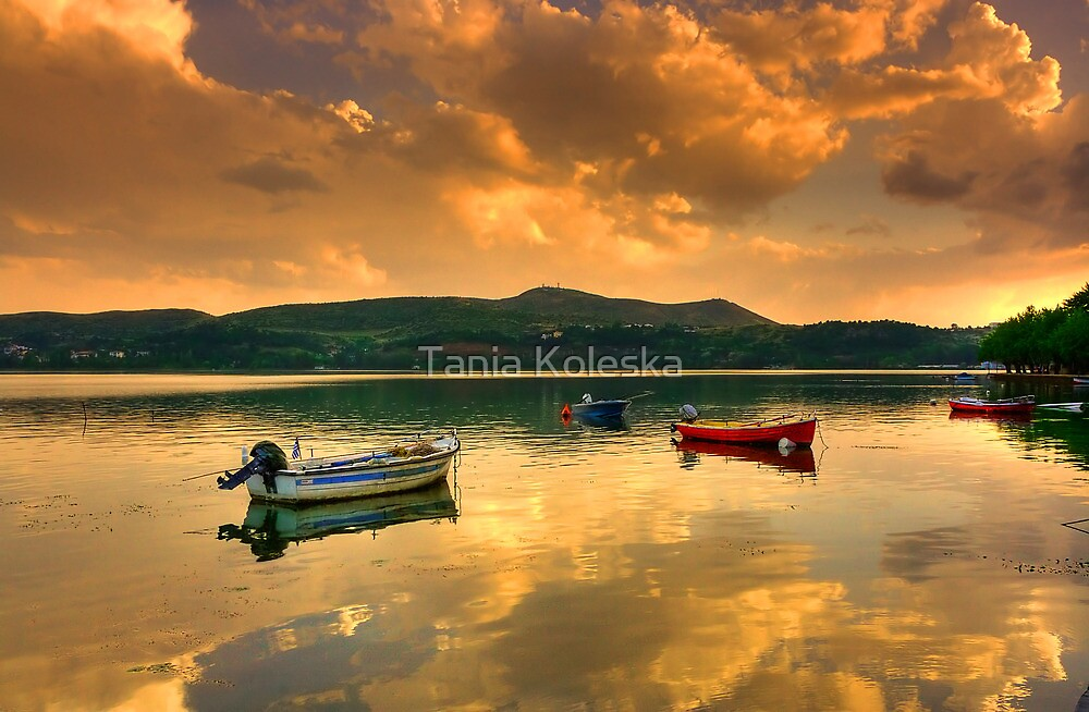 Sunset in Lake... by Tania Koleska