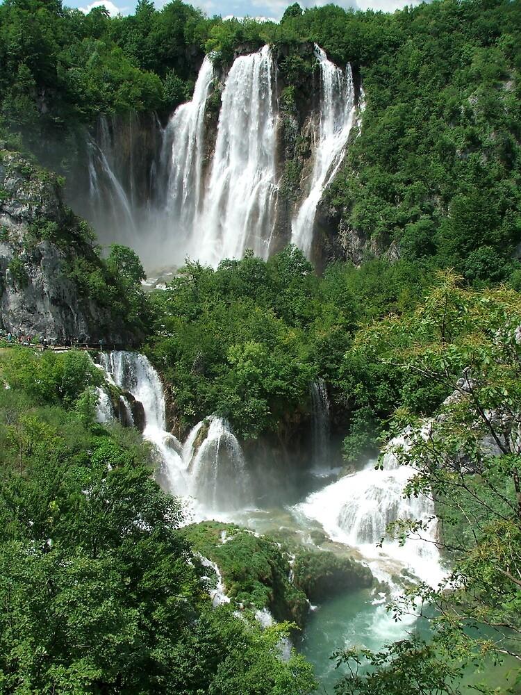 Torrent - Waterfall; Plitvic Lakes, Croatia by rwneal
