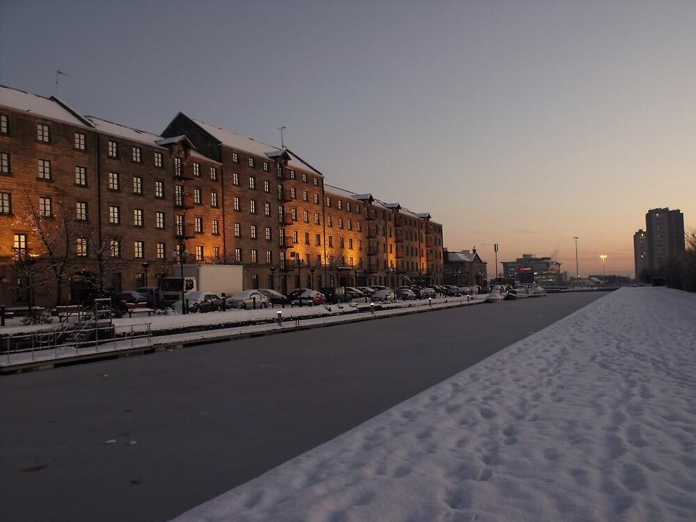 Spiers Wharf Snowbound by illman