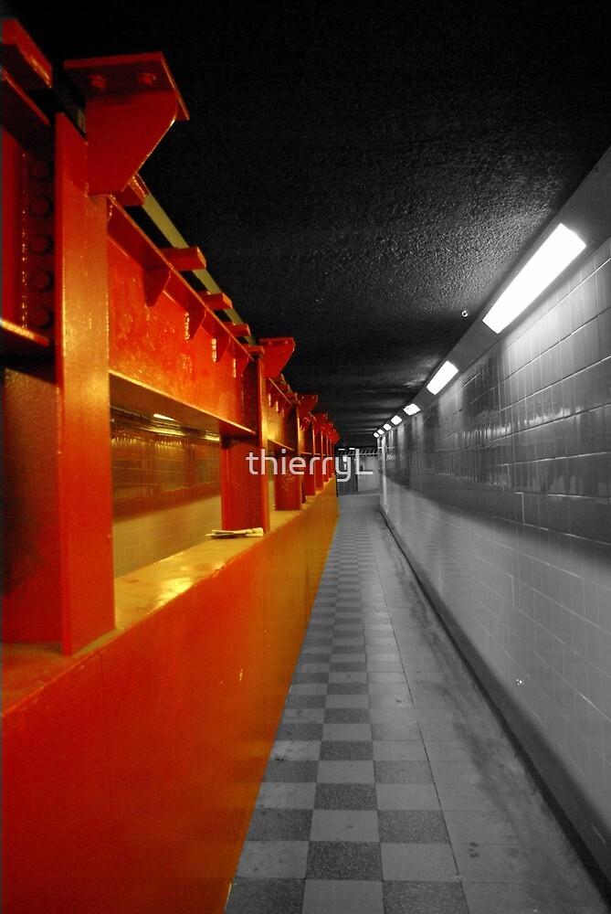 underground  by thierryL