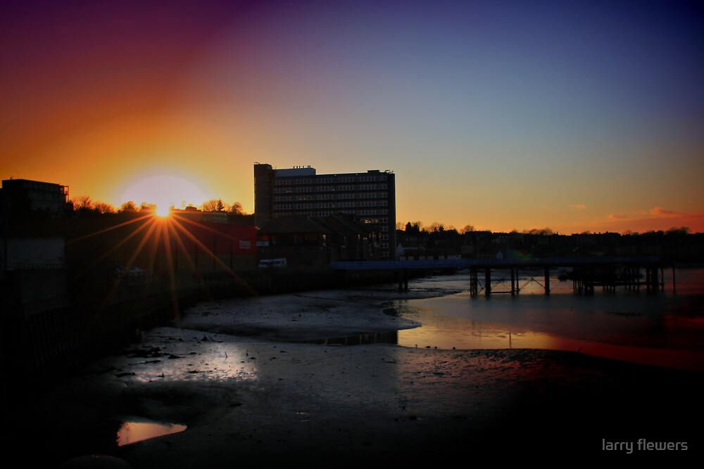 Sunset over Medway  by larry flewers