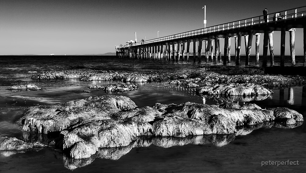 Point Lonsdale Pier by peterperfect