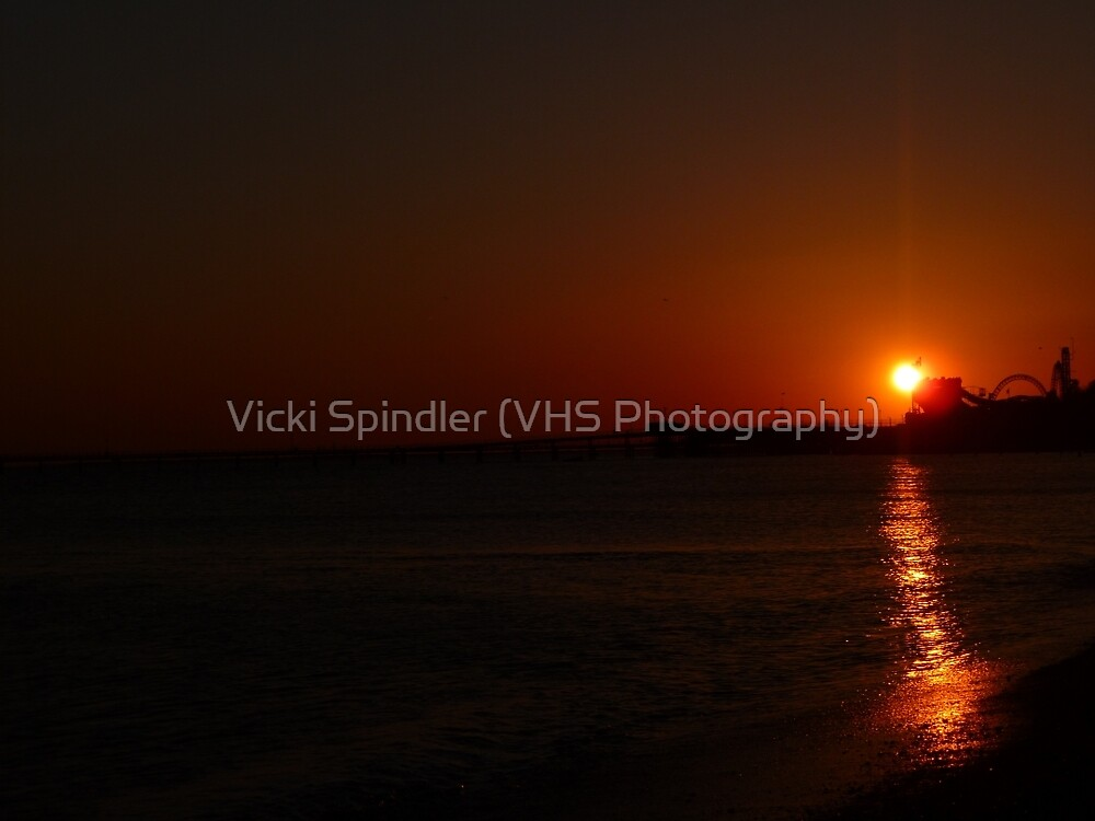Sunset At Southend Pier by Vicki Spindler (VHS Photography)