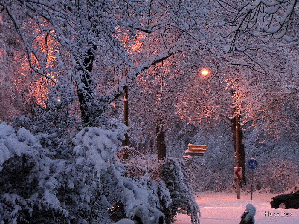 The beauty of snow after sunset by Hans Bax
