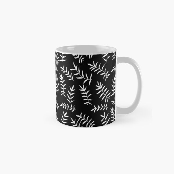 Simple Black and White Leaves Pattern 2 Classic Mug