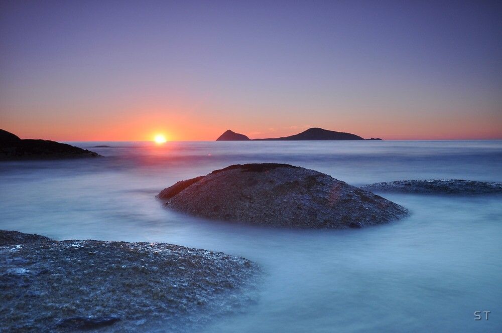Last light over Norman Island II by S T