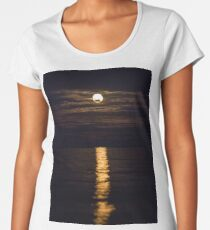 Hunter's Moon, Full Moon, October, Halloween Moon Premium Scoop T-Shirt
