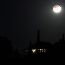 Lunar Eclipse 21st december 2010 by Kym Howard