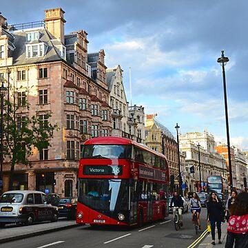 London! by Ainsleyrk
