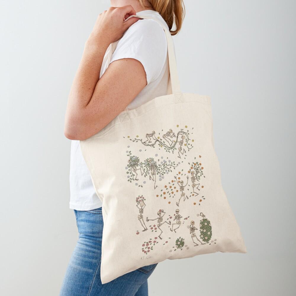 Skeletons with garlands Tote Bag