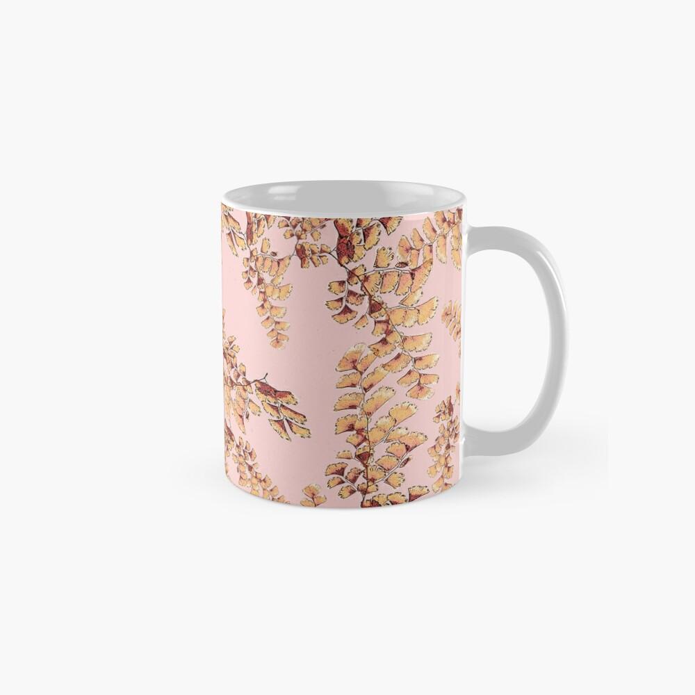 Goldene Blätter Muster Tasse