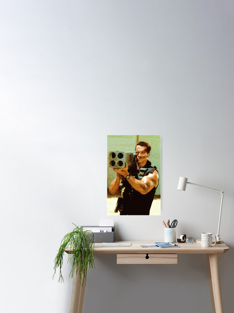 PHOTO PORTRAIT ACTOR ARNOLD SCHWARZENEGGER MACHINE GUN ART PRINT POSTER GZ5748
