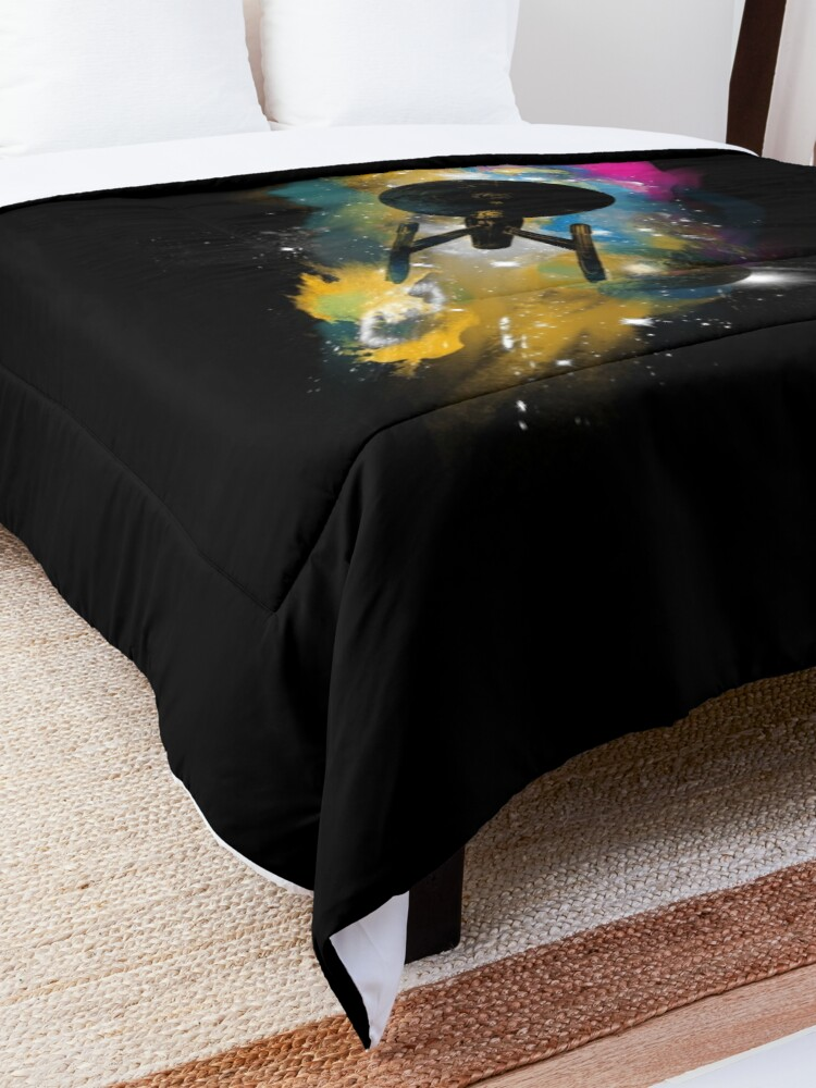 Alternate view of the boldy Comforter