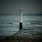 Lisbon pier by laurentlesax