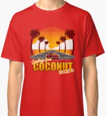 Greetings from Coconut Beach T-shirt classique