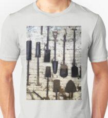 spade or shovel? Unisex T-Shirt