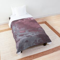 Contemporary Fluid Comforter