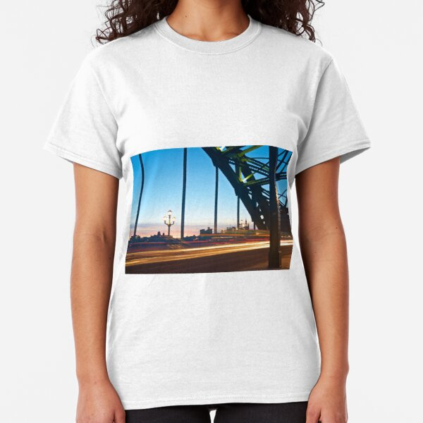Tyne Bridge Light Trails, Newcastle Classic T-Shirt