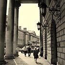 Dublin street scene by Esther  Moliné