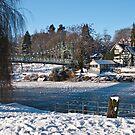 Boat House Bridge on Christmas day by Matt Sillence