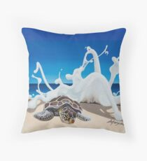 Honu Beach Splash Throw Pillow