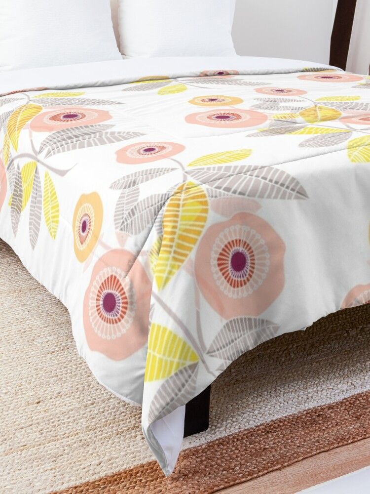 Alternate view of Sweet Memories  Comforter