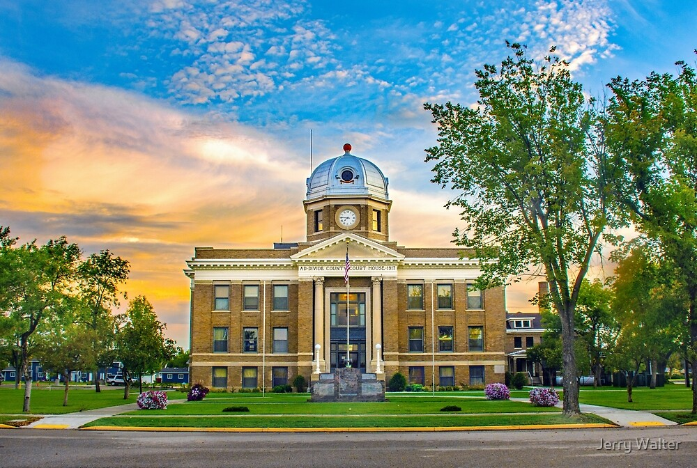 Divide County Courthouse, Crosby, North Dakota by Jerry Walter