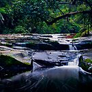 Erkskine Falls Cascades by Tony Lin