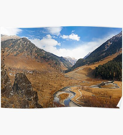 Betaab Valley Poster
