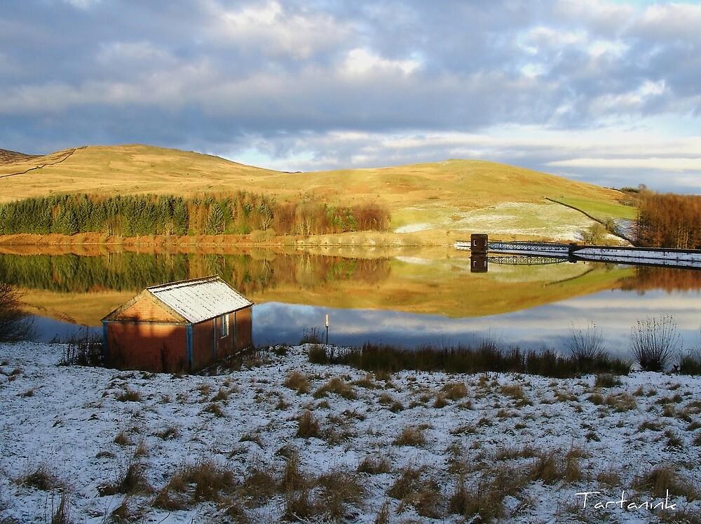 Glenkiln Reservoir SW Scotland by tartanink