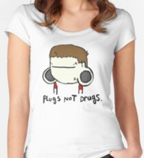 plugs not drugs (male) Women's Fitted Scoop T-Shirt