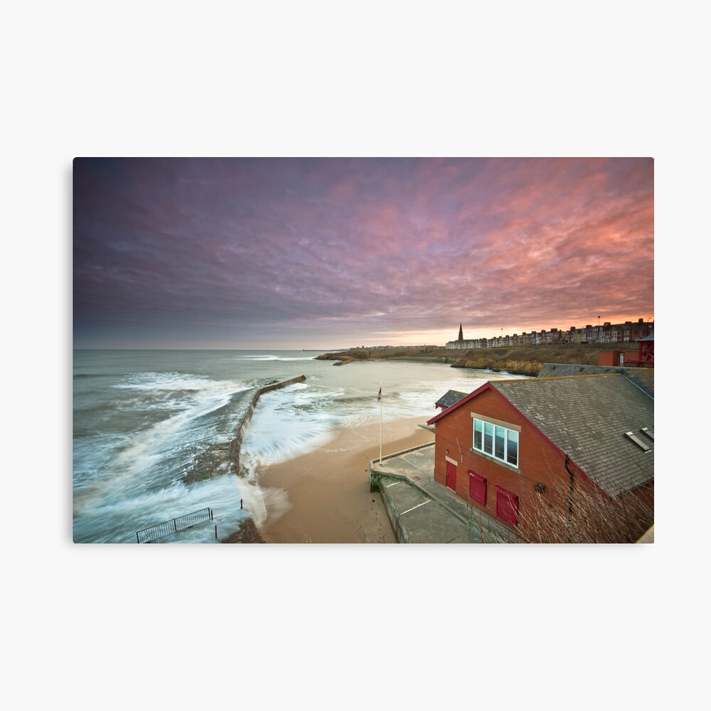 Cullercoats harbour Canvas Print