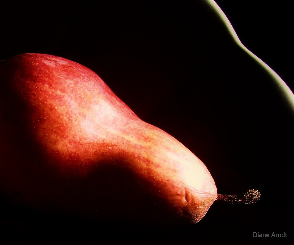 Red Pear Curves by Diane Arndt