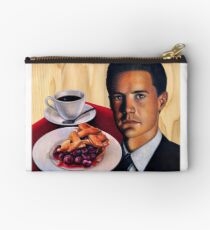 Twin Peaks -- Agent Cooper with a Damn Good Cup of Coffee and A Slice of Cherry Pie Zipper Pouch