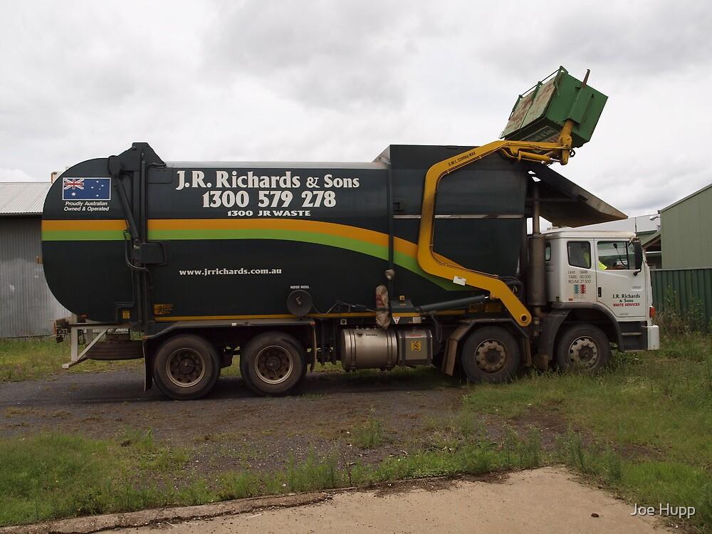 Iveco ACCO Garbage Truck by Joe Hupp