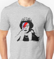 Reine Elizabeth Bansky T-Shirt