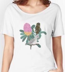Australian Native Banksia - Australiana decor - Australian Native Bird - Diamond Dove Relaxed Fit T-Shirt