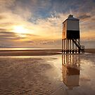 Burnham Lighthouse at Sunset by Robin Whalley