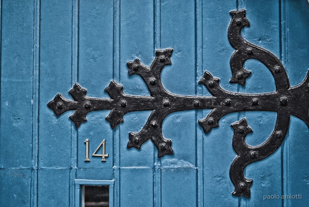 blue door by paolo amiotti