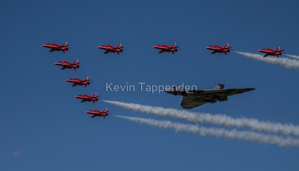 Vulcan & Red Arrow Formation 1 by Kevin Tappenden