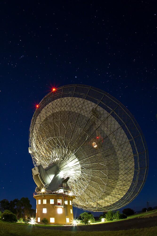 The Dish - Parkes Radio Telescope - NSW by Frank Moroni