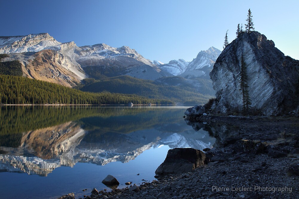 Maligne lake in Jasper National park by Pierre Leclerc Photography