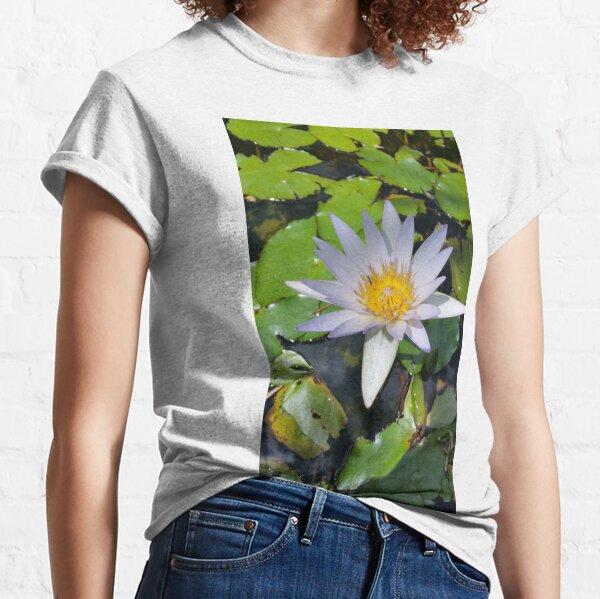 The lotus flower Classic T-Shirt