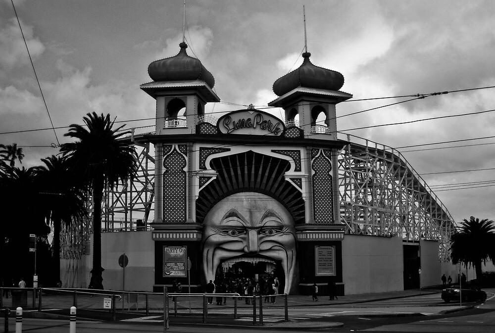 Luna Park by skyebelle