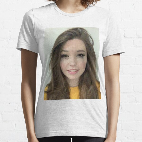 photo de belle delphine T-shirt essentiel
