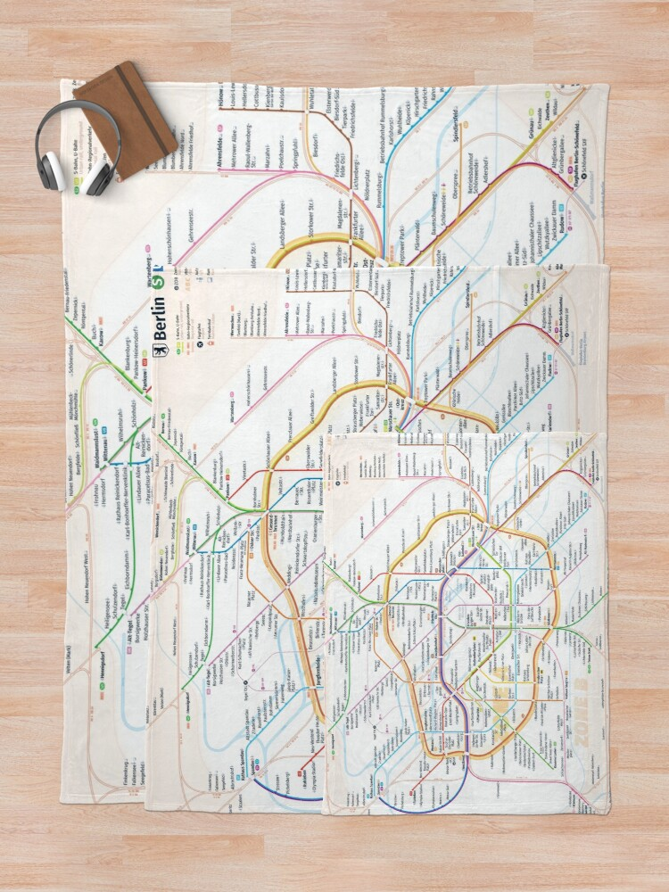 Alternate view of New Berlin rapid transit route map (August 4, 2019) Throw Blanket